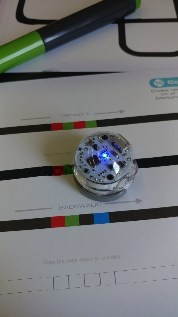 Ozobot reading colors